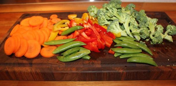 Grøntsagerne er klargjorte og klar til at komme i wokken