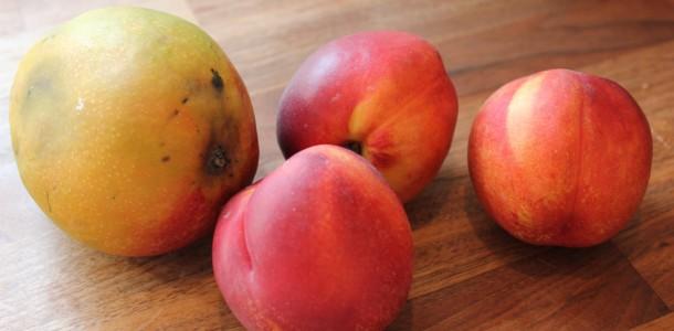 Mango och nektarin