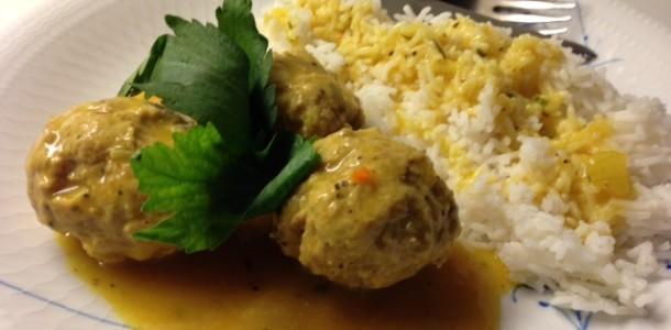 Köttbullar i curry
